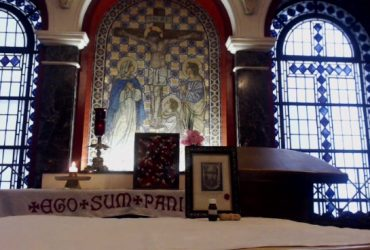 Live weekly Tuesday 3.15pm GMT Holy Face Holy hour Dublin Ireland in reparation …